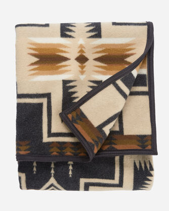 ADDITIONAL VIEW OF HARDING JACQUARD BLANKET IN OXFORD
