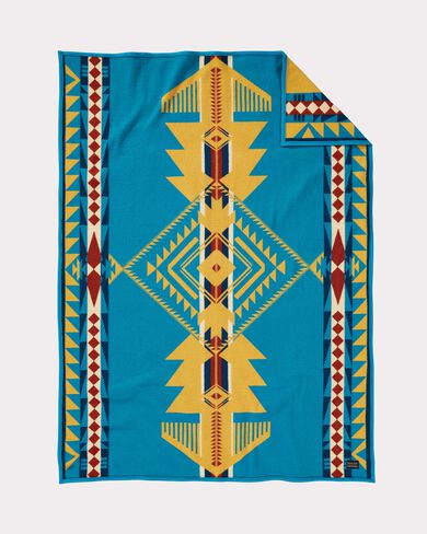 EAGLE GIFT THROW IN EAGLE GIFT