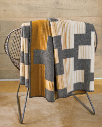 COMPASS POINT THROW