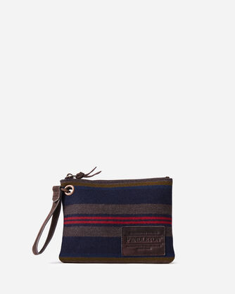 SHELTER BAY CLUTCH IN BROWN