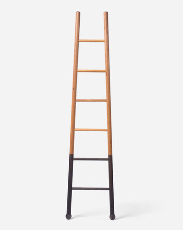 SKINNY BLOAK LADDER IN NATURAL