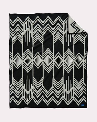 SKYWALKERS BLANKET, BLACK/IVORY, large
