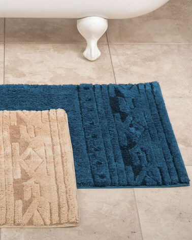 SCULPTED BATH MAT