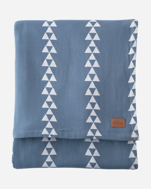 TRIANGLE TRAIL COTTON BLANKET IN BLUE