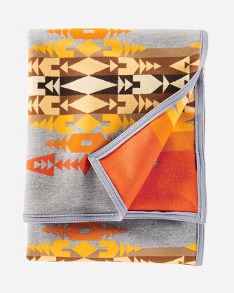ADDITIONAL VIEW OF RIO CHAMA HERITAGE BLANKET IN GREY