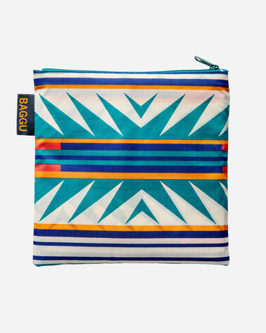 BIG BAGGU IN TURQUOISE RIDGE FOLDED IN CARRYING POUCH
