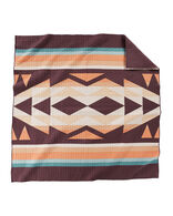 CRESCENT BUTTE PIECED QUILT SET IN TAN MULTI