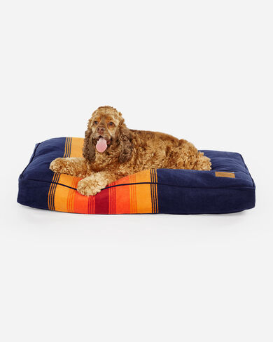 MEDIUM NATIONAL PARK DOG BED IN GRAND CANYON
