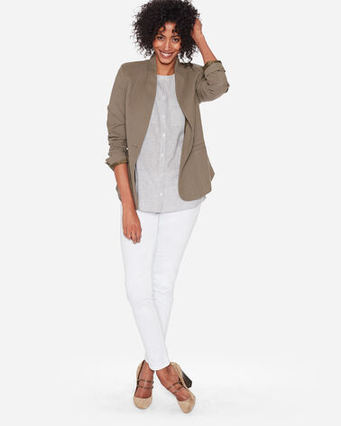 COLLARLESS ONE BUTTON BLAZER