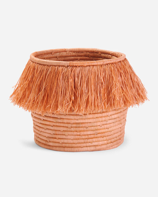 FRINGED CATCH-ALL BASKET IN PEACH