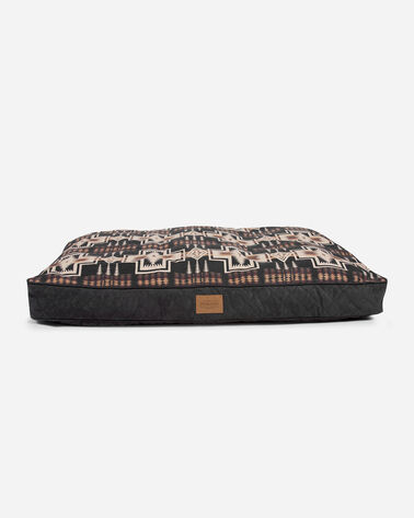 LARGE HARDING DOG BED IN HARDING