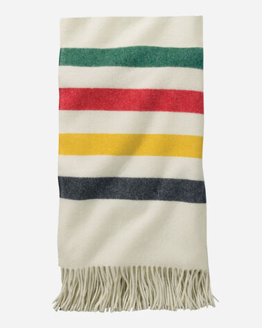 5TH AVENUE GLACIER PARK MERINO THROW IN WHITE