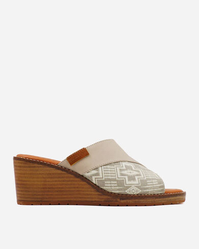 WOMEN'S ARCATA WEDGES IN FEATHER HARDING