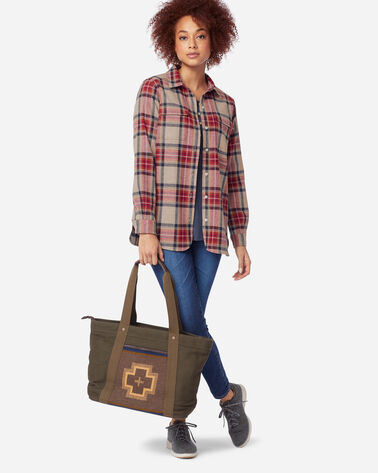 ADDITIONAL VIEW OF WOMEN'S BOARD SHIRT IN VINTAGE STEWART TARTAN