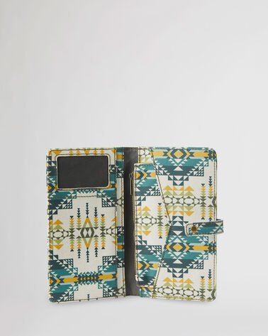 PILOT ROCK CANOPY CANVAS PASSPORT CASE IN OLIVE