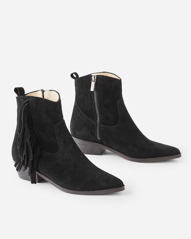 FAY POINTY FRINGE BOOTS IN BLACK