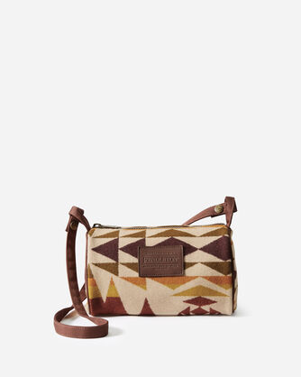 TRAVEL KIT WITH STRAP IN IVORY