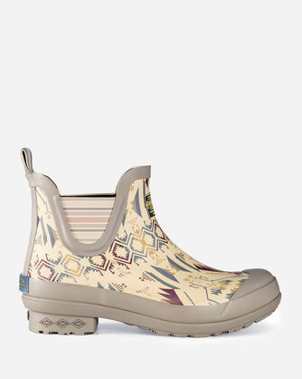 WOMEN'S WHITE SANDS CHELSEA BOOTS IN SAND