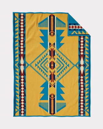 ADDITIONAL VIEW OF EAGLE GIFT THROW IN EAGLE GIFT