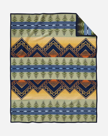 ADDITIONAL VIEW OF AMERICAN TREASURES BLANKET IN MIDNIGHT