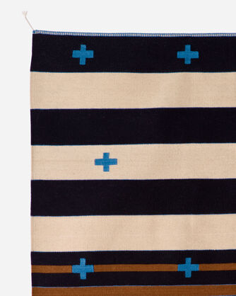 ADDITIONAL VIEW OF TURQUOISE CROSSES RUG IN CREAM/BLUE