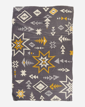 ALTERNATE VIEW OF FEATHERWEIGHT WOOL SCARF IN PLAINS STAR GREY