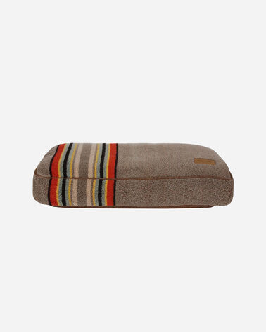 SMALL YAKIMA CAMP DOG BED IN MINERAL UMBER