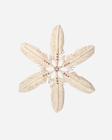 HAND CARVED FEATHER SNOWFLAKE IN NATURAL