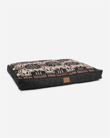ADDITIONAL VIEW OF LARGE HARDING DOG BED IN HARDING