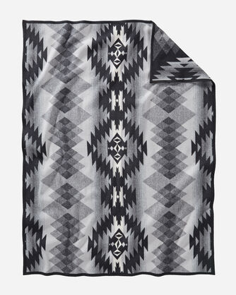 ADDITIONAL VIEW OF PAPAGO PARK THROW IN BLACK/GREY