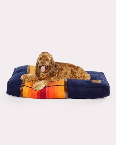 MEDIUM NATIONAL PARK DOG BED