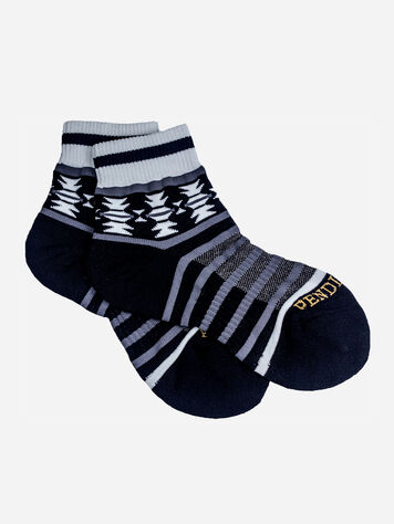 TSI MAYOH QUARTER SOCKS IN BLACK