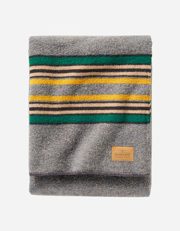 ADDITIONAL VIEW OF YAKIMA CAMP BLANKET IN GREY MIX