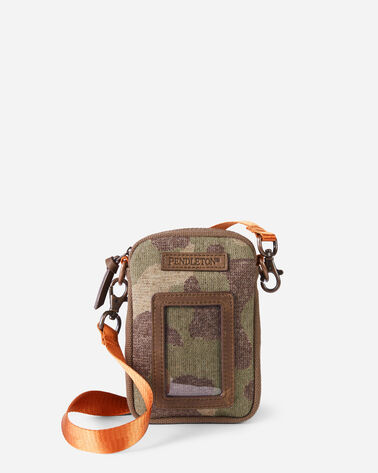 CAMO PHONE AND ID POUCH IN GREEN CAMO