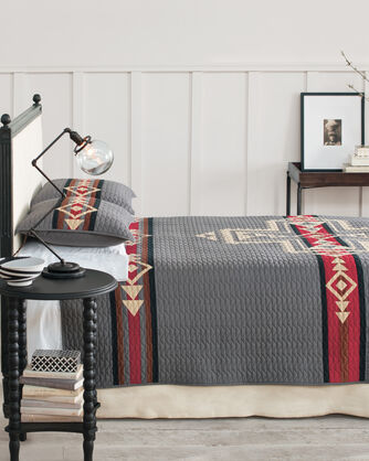 CROSSROADS PIECED QUILT SET, , large