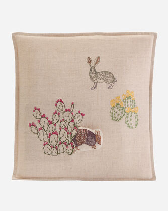 SAGUARO ARMADILLO POCKET PILLOW IN NATURAL LINEN