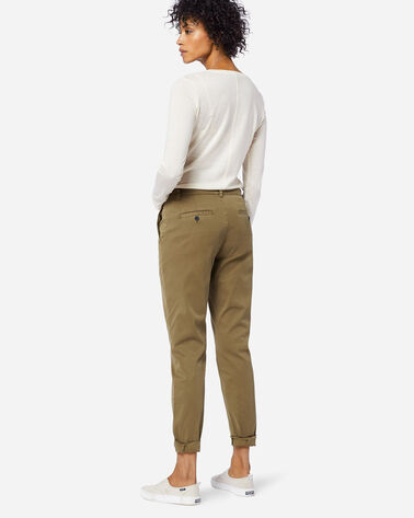 ADDITIONAL VIEW OF TRUE CHINO PANTS IN MILITARY OLIVE