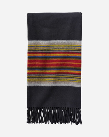 5TH AVENUE ACADIA PARK MERINO THROW IN BLACK
