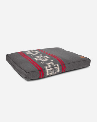 EXTRA LARGE SAN MIGUEL DOG BED IN SAN MIGUEL GREY