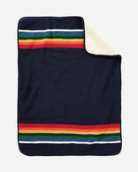 CRATER LAKE SHERPA STROLLER BLANKET IN CRATER LAKE (NAVY)