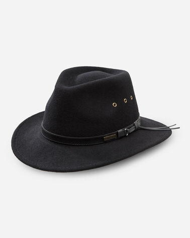 GETAWAY HAT IN BLACK