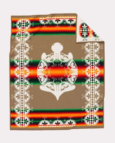 ADDITIONAL VIEW OF CREATION TURTLE BLANKET IN WHITE MULTI