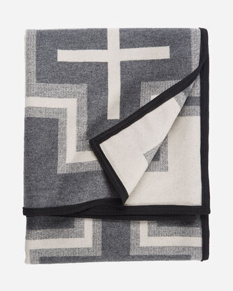 ADDITIONAL VIEW OF SAN MIGUEL BLANKET IN BLACK HEATHER