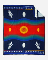 WARRIORS CIRCLE OF HONOR BLANKET IN NAVY
