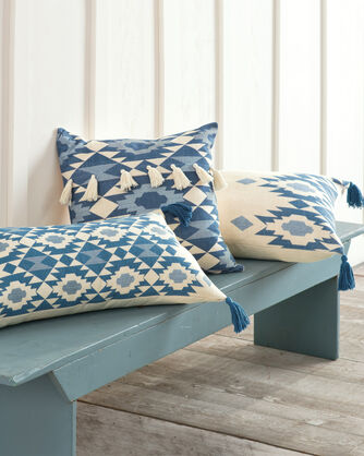 ADDITIONAL VIEW OF YUMA STAR TASSELS PILLOW IN BLUE