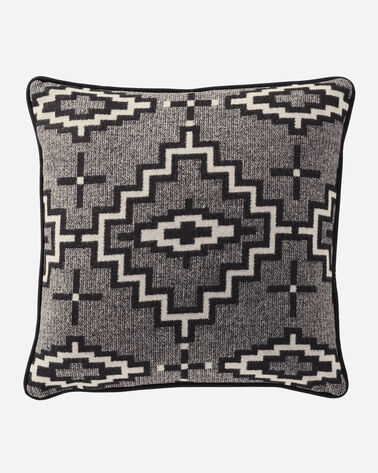 KIVA STEPS PILLOW IN BLACK/WHITE