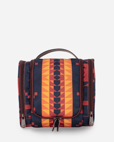 SPIDER ROCK DELUXE TOILETRY BAG IN RUST/NAVY