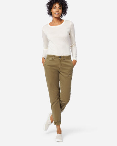 TRUE CHINO PANTS IN MILITARY OLIVE