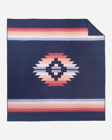 ADDITIONAL VIEW OF SUNSET CANYON PIECED QUILT SET IN NAVY