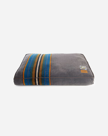 OLYMPIC NATIONAL PARK DOG BED IN SIZE SMALL